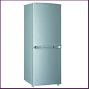 Proline PLC190SL 7.1 cu.ft gross capacity silver fridge freezer with grade A energy efficiency rating. Features 3 transparent freezer draws allowing you to view contents and automatic fridge defrost preventing the build up of frost and water pools.